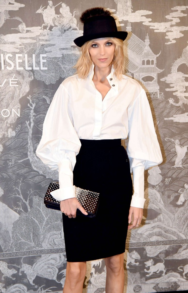 Anja Rubik - Chanel Exhibition Party in London