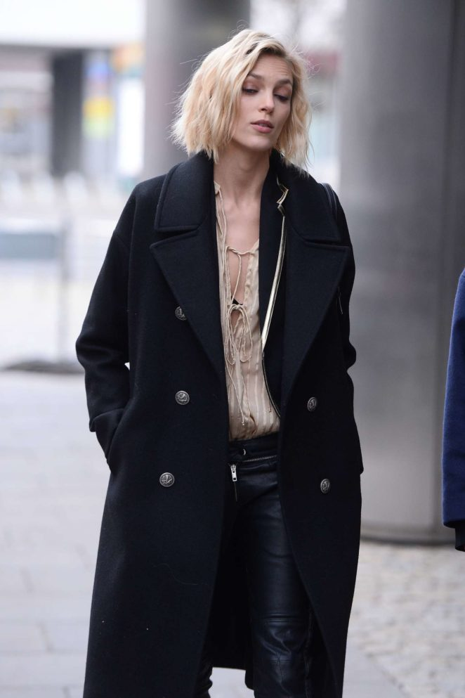 Anja Rubik - Leaving TV Show Good Morning TVN in Warsaw