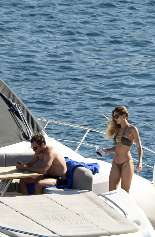 Ann-Kathrin Brommel: Hot in a bikini while on a yacht in Mallorca-03
