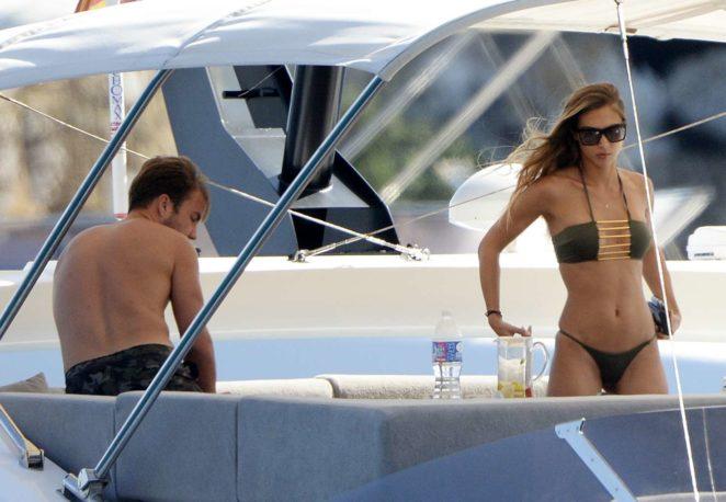 Ann-Kathrin Brommel: Hot in a bikini while on a yacht in Mallorca-27