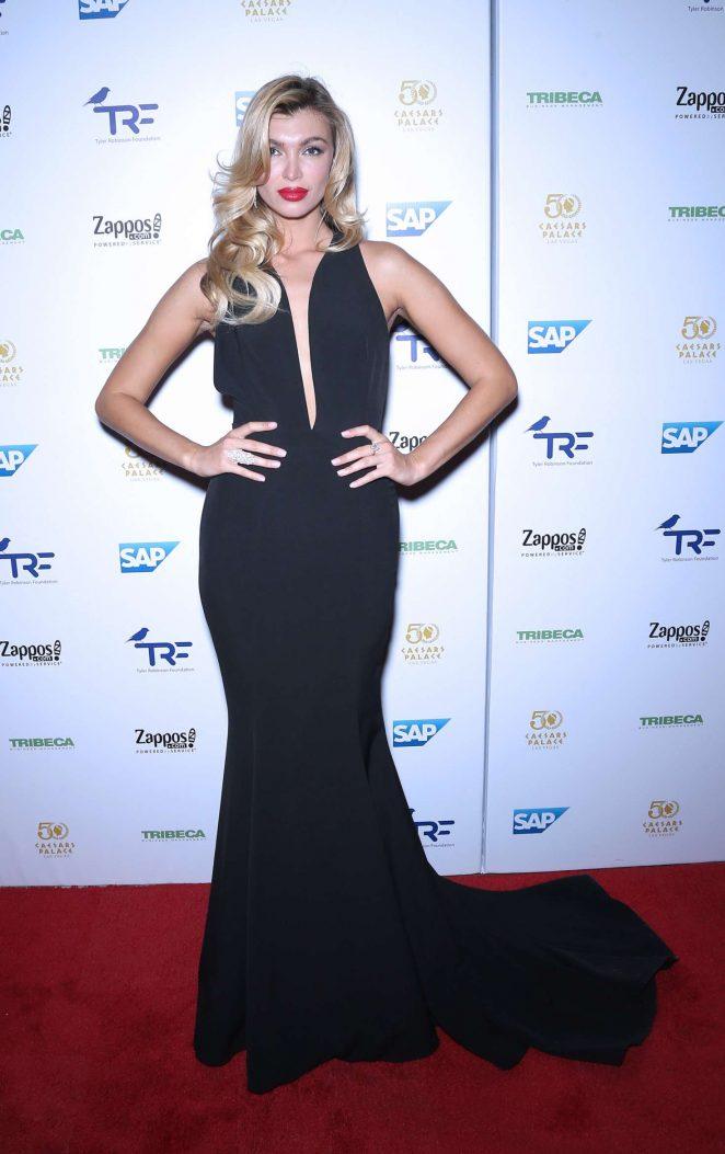 Anna Albrekht - Tyler Robinson Foundation Gala in Las Vegas