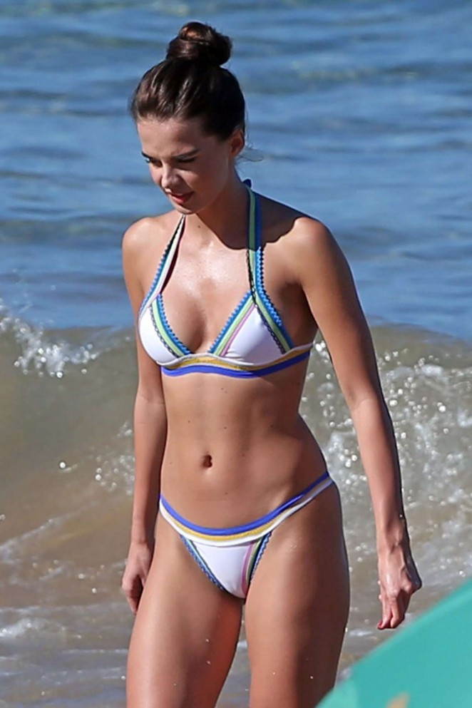Anna Andres in Bikini in Maui
