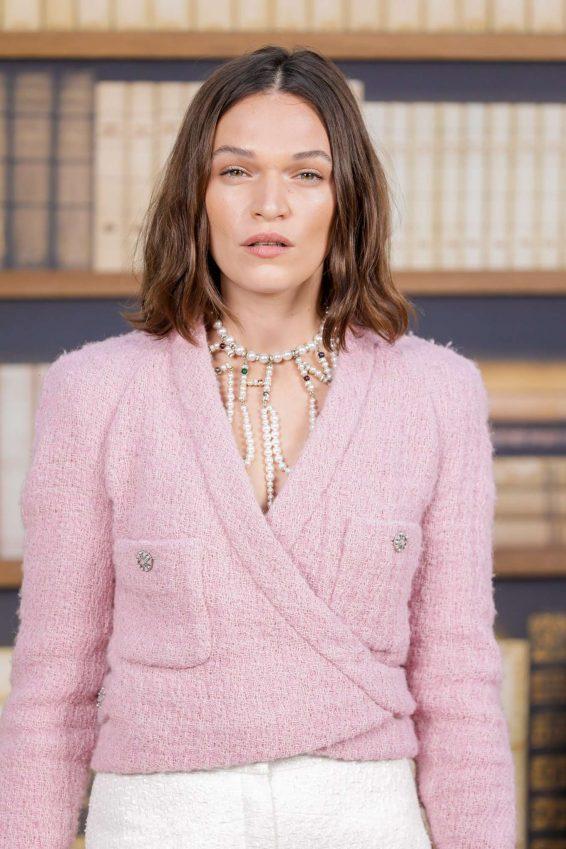 Anna Brewster - 2019 Paris Fashion Week - Chanel Haute Couture FW 19-20