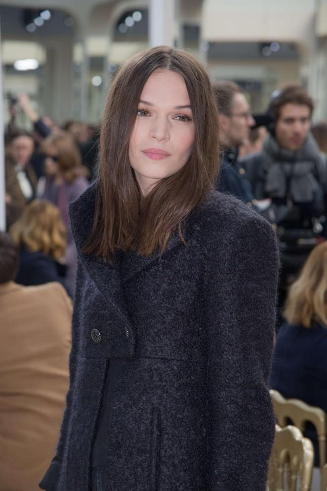 Anna Brewster - Chanel Fashion Show 2016 in Paris