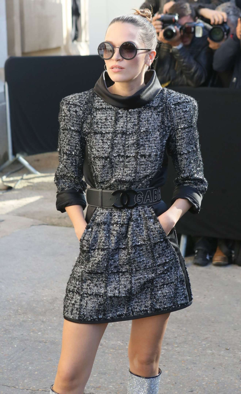 Anna Brewster 2017 : Anna Brewster – Chanel Fashion Show, Paris Fashion Week in Paris-07