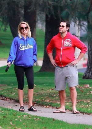 Anna Camp and Skylar Astin - Take their dog for a stroll in Los Feliz