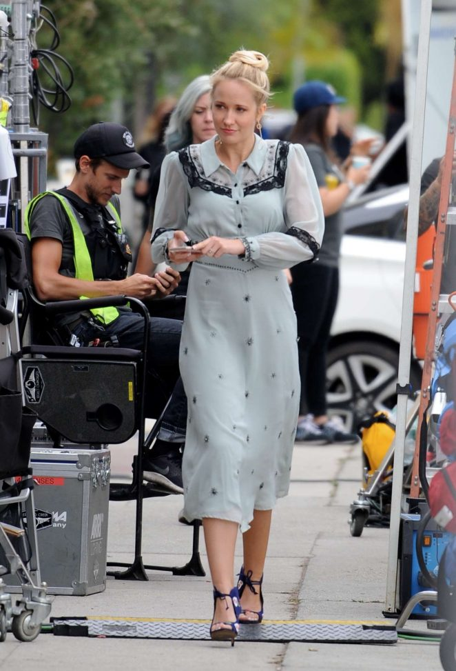 Anna Camp - Filming scenes for 'The Wedding Year' in Los Angeles