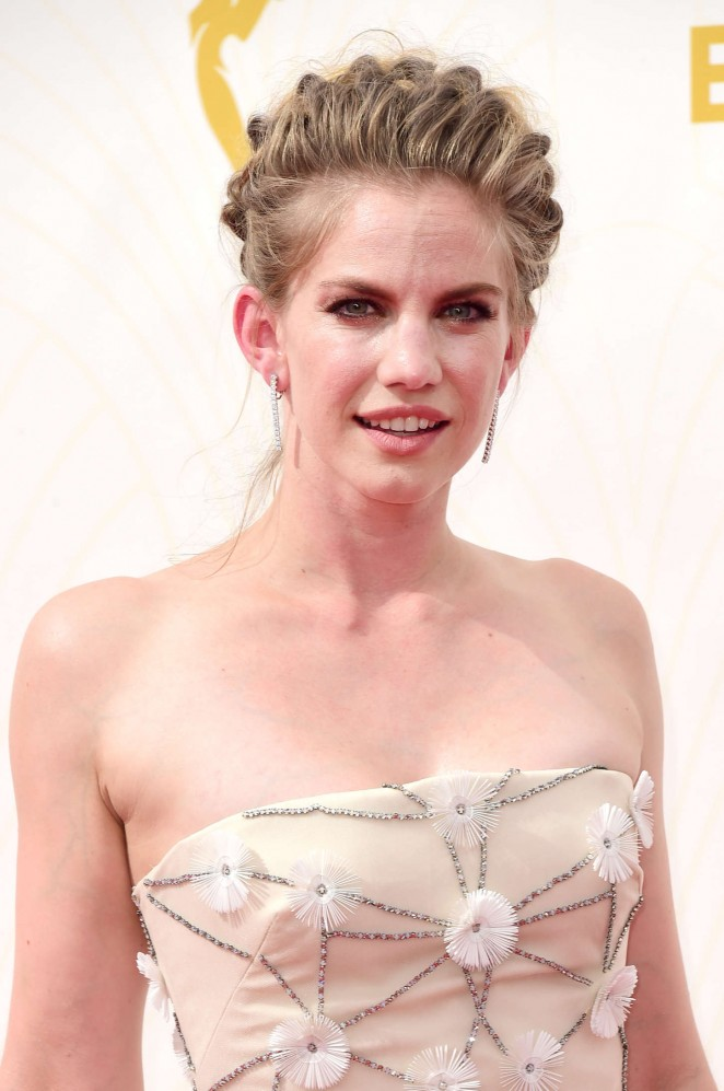 Anna Chlumsky - 2015 Primetime Emmy Awards in LA