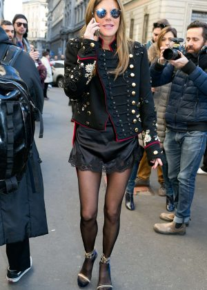 Anna dello Russo - Leaving the Salvatore Ferragamo fasion show in Milan