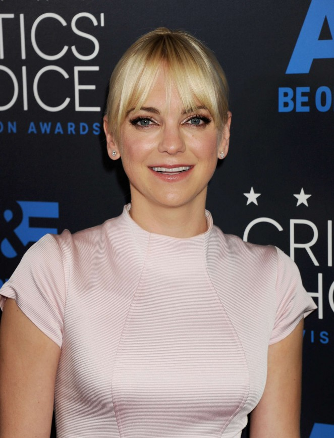 Anna Faris - 2015 Critics Choice Television Awards in Beverly Hills