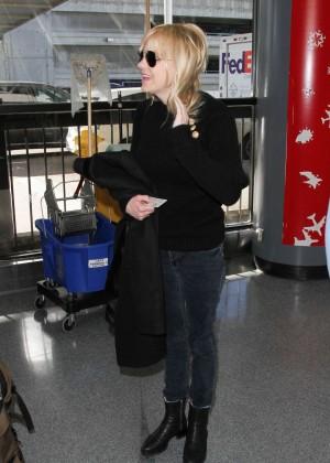 Anna Faris - Arrives at LAX Airport in LA