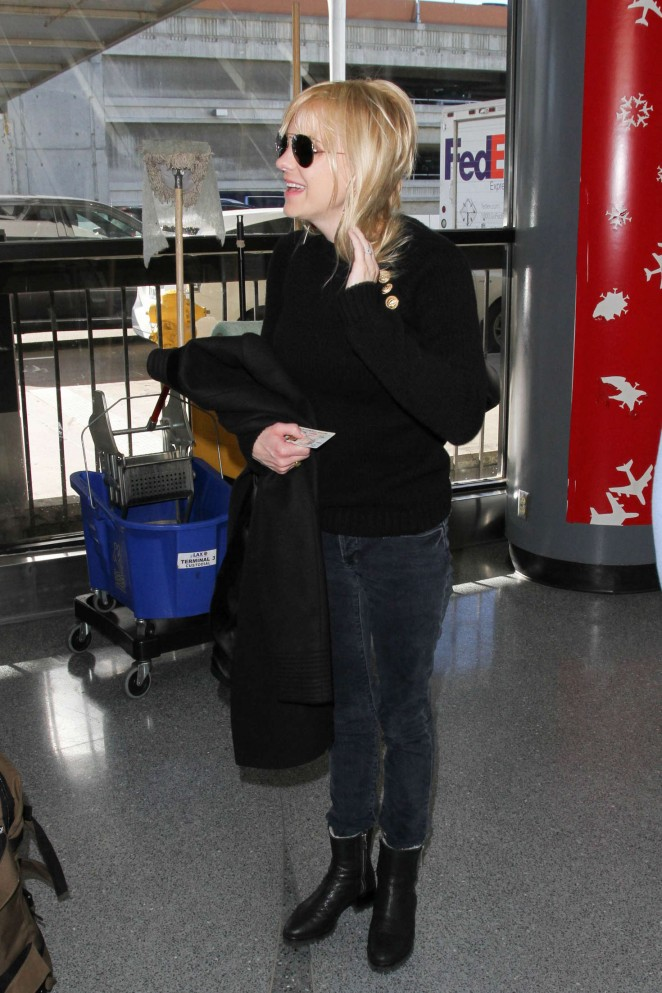 Anna Faris – Arrives at LAX Airport in LA