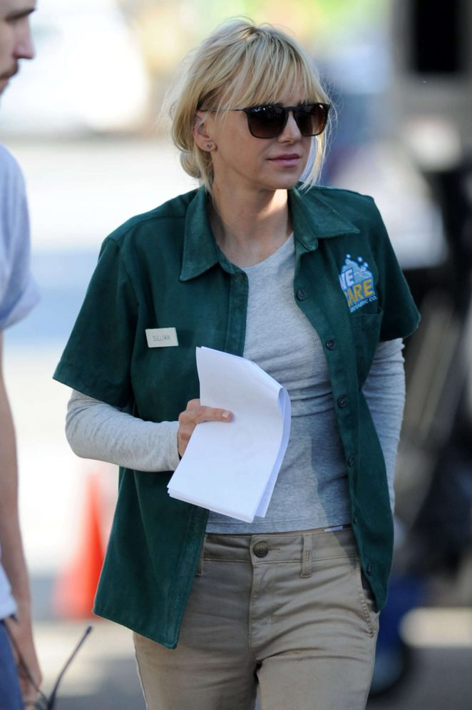 Anna Faris Arrives on 'Overboard' set in Canada