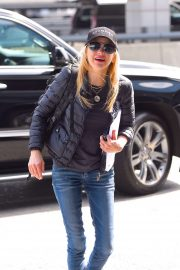 Anna Faris - Out in New York City