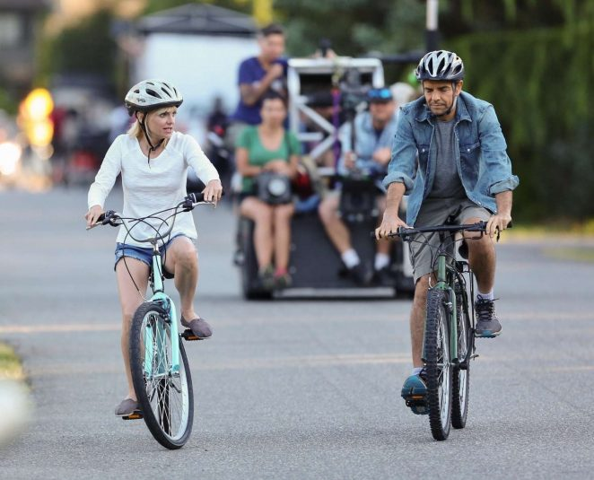 Anna Faris rides a bike for a scene in Overboard -09