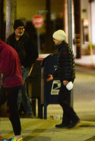Anna Faris - With fiance Mike Barrett night out in Los Angeles