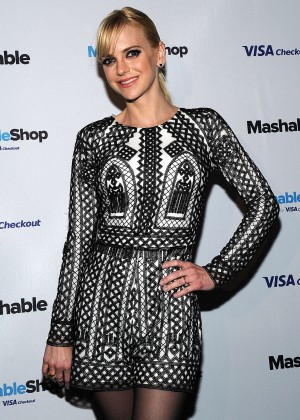 Anna Farris - Mashable Shop Launch in New York City