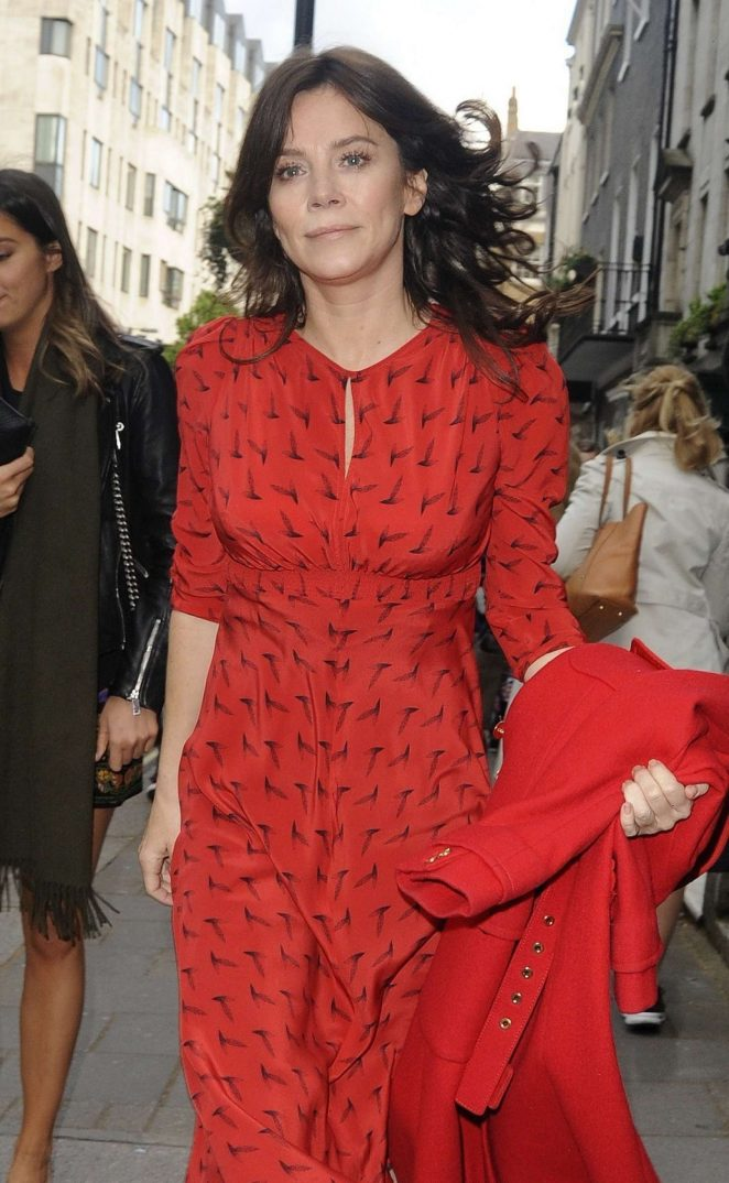 Anna Friel - Heading to the BAFTA TV Awards in London