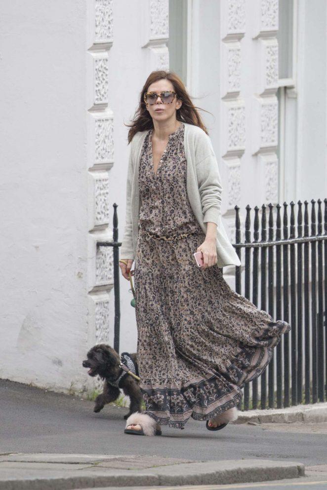 Anna Friel walks her dog in Windsor -07