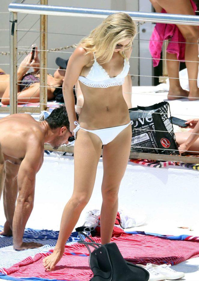 Anna Heinrich in White Bikini 2017 -02