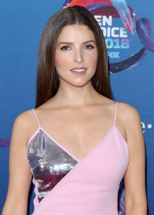 Anna Kendrick - 2018 Teen Choice Awards in Inglewood