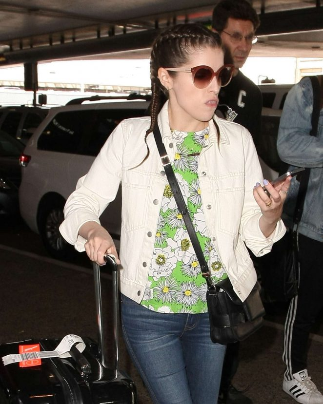 Anna Kendrick - Arriving at LAX Airport in Los Angeles