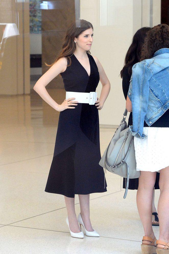 Anna Kendrick in Black Dress -02