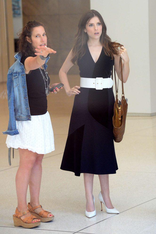 Anna Kendrick in Black Dress -18