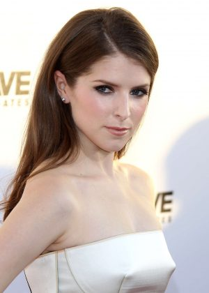 Anna Kendrick - 'Mike And Dave Need Wedding Dates ...