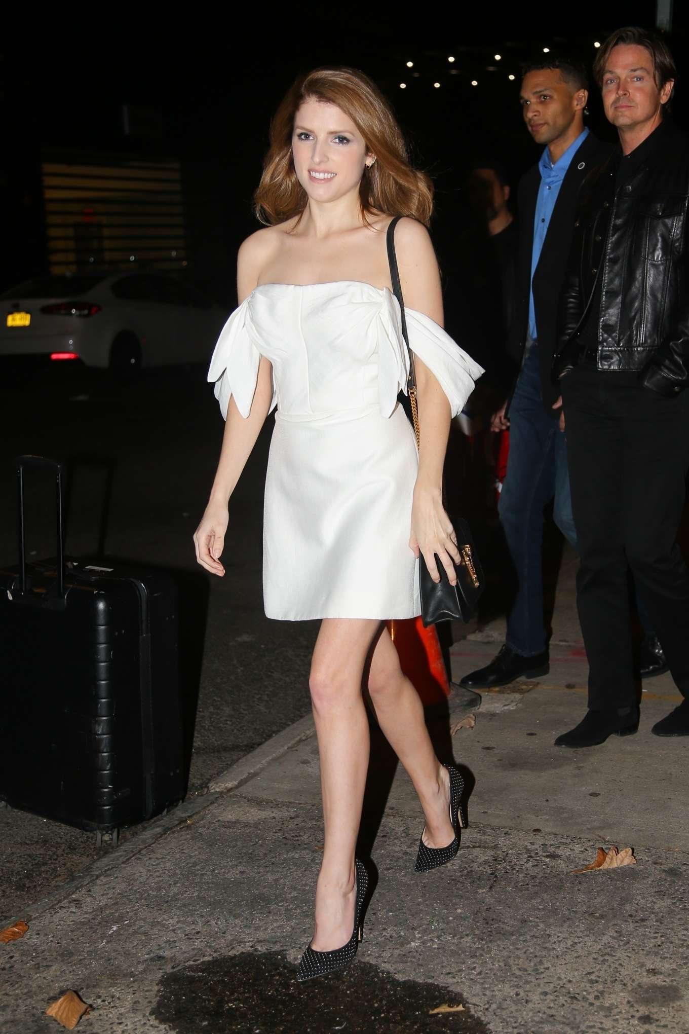 Anna Kendrick 2019 : Anna Kendrick – Outside The Daily Show with Trevor Noah-16