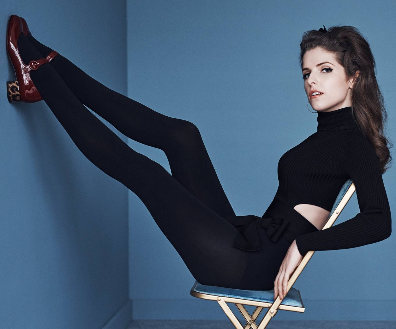Anna Kendrick - The Sun-Herald Sunday Life (May 2020) Adds