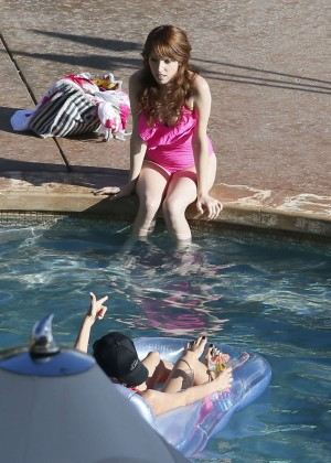 Anna Kendrick – Wearing a Swimsuit Poolside in Hawaii