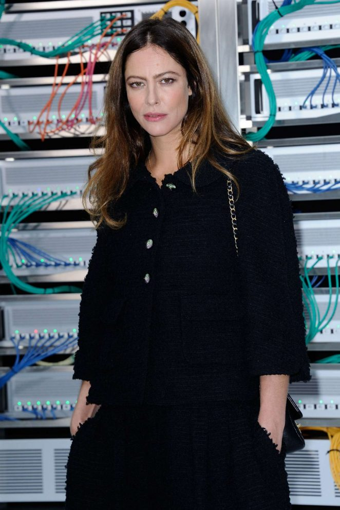 Anna Mouglalis - Chanel Show Spring Summer 2017 in Paris