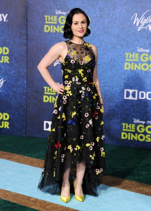 Anna Paquin: The Good Dinosaur Premiere -30 - GotCeleb  Anna Paquin