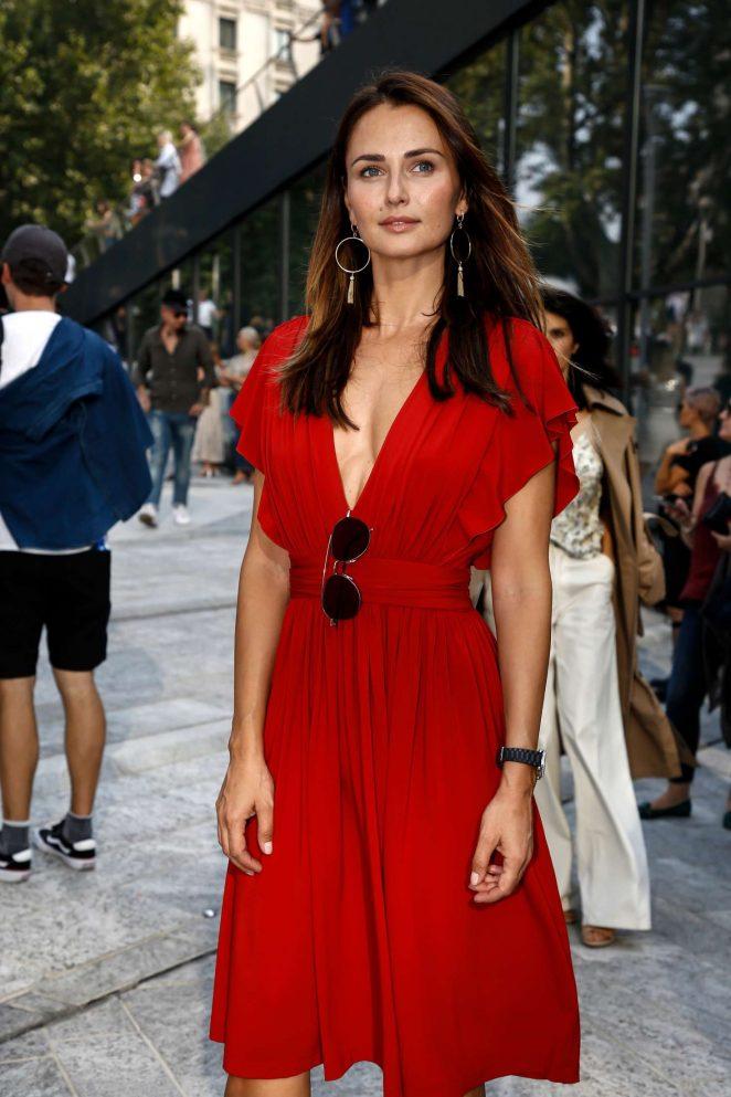 Anna Safroncik – Arrives at the Alberta Ferretti Fashion Show in Milan