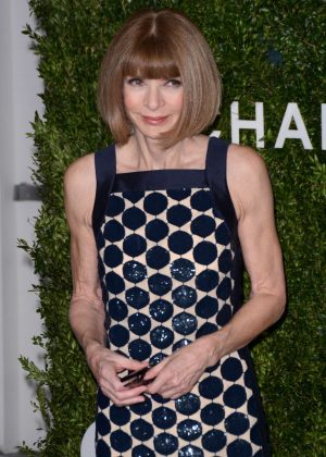 Anna Wintour - 2016 God's Love We Deliver Golden Heart Awards Dinner in NY