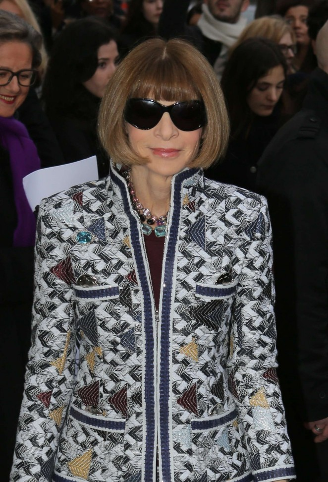 Anna Wintour - Arriving at Chanel Fashion Show 2016 in Paris