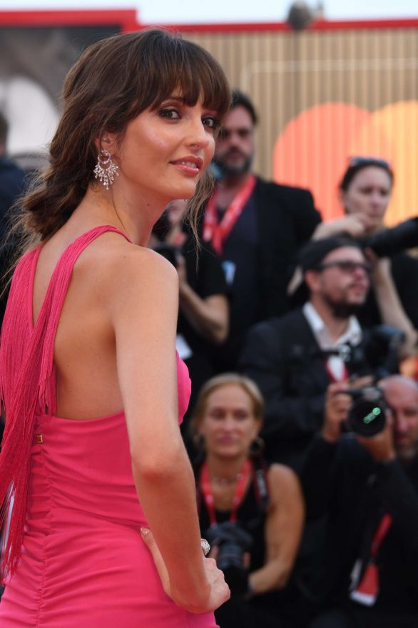 Annabelle Belmondo attends the 'Marriage Story' Premiere Venice