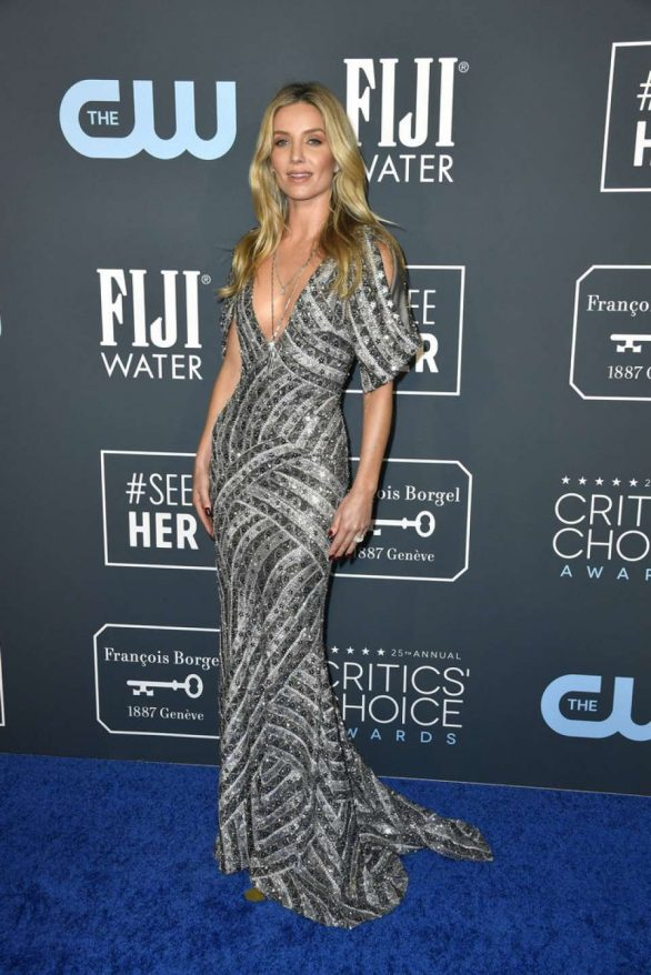 Annabelle Wallis - 2020 Critics Choice Awards in Santa Monica