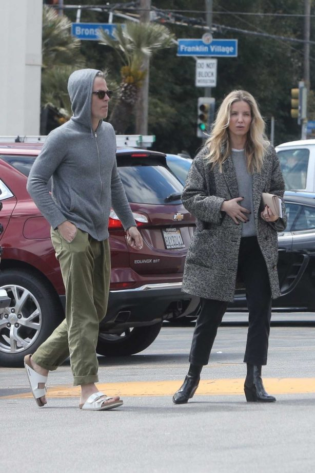 Annabelle Wallis amd Chris Pine -Shopping at a local market in Los Feliz