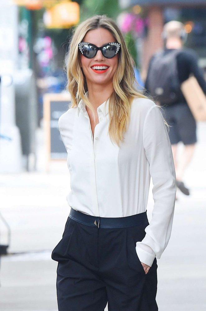 Annabelle Wallis - Arrives at AOL Build Series in New York