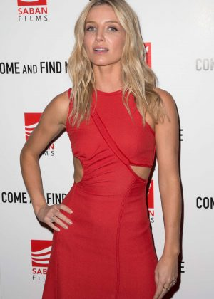 Annabelle Wallis - 'Come and Find Me' Premiere in Los Angeles