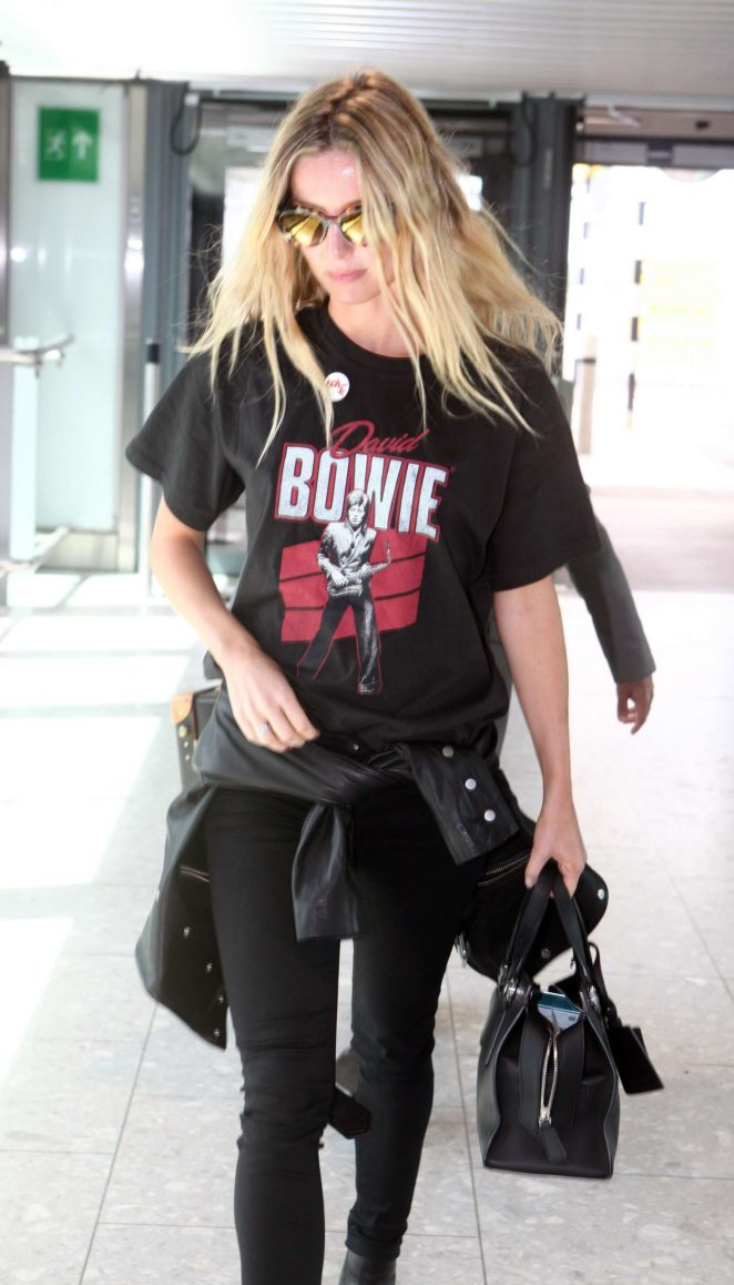 Annabelle Wallis Seen Leaving Heathrow Airport in London