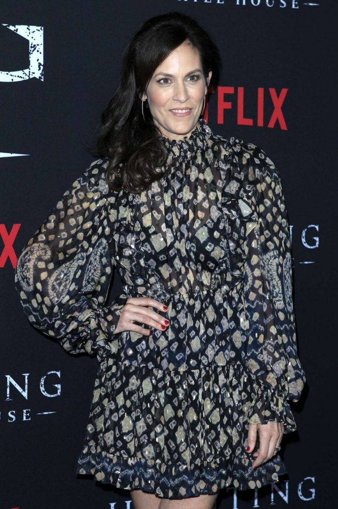 Annabeth Gis - 'The Haunting of Hill House' Premiere in Los Angeles