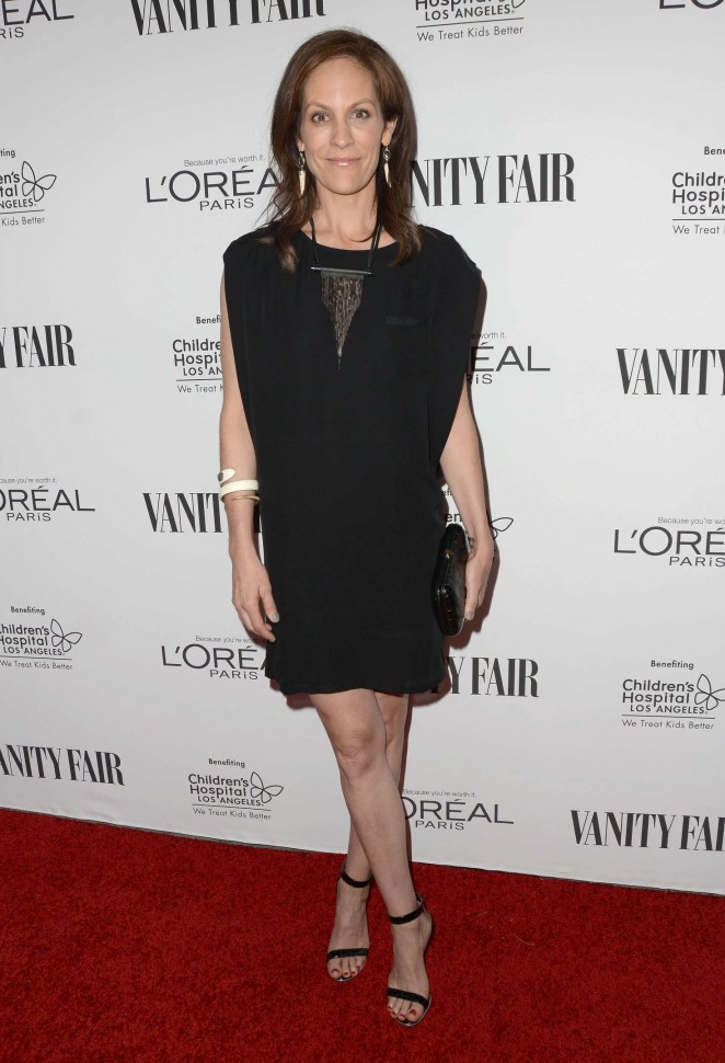 Annabeth Gish: Vanity Fair LOreal Paris and Hailee Steinfeld host DJ Night -04