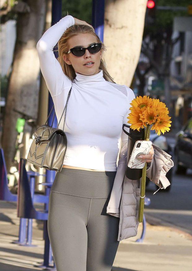AnnaLynne McCord 2019 : AnnaLynne McCord: Buying flowers in Los Angeles-15