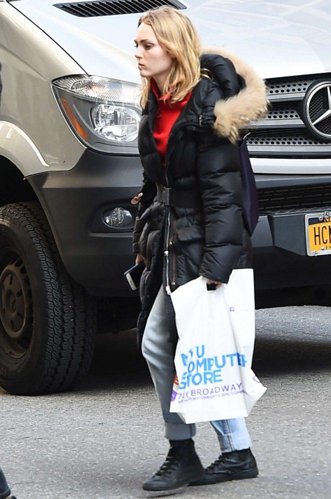 AnnaSophia Robb out in Greenwich Village