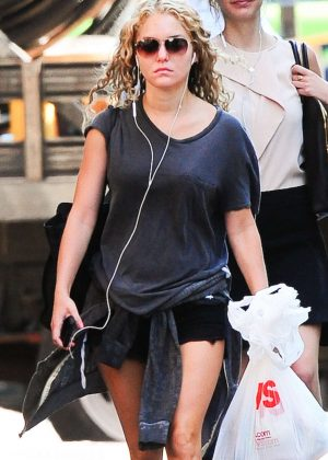 AnnaSophia Robb out in New York