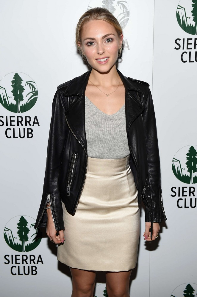 AnnaSophia Robb - Sierra Club's Act In Paris A Night Of Comedy And Climate Action in NY
