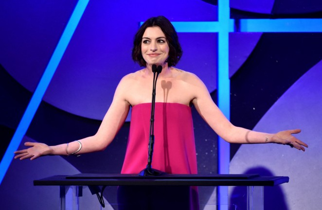 Anne Hathaway: 2015 Art Directors Guild Excellence In Production Design Awards -04